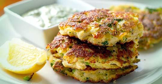 Brokkoli-Käse-Puffer zum Abnehmen